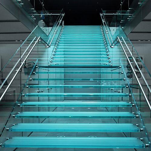 Dutch-Glass-Design -trappen en vloeren