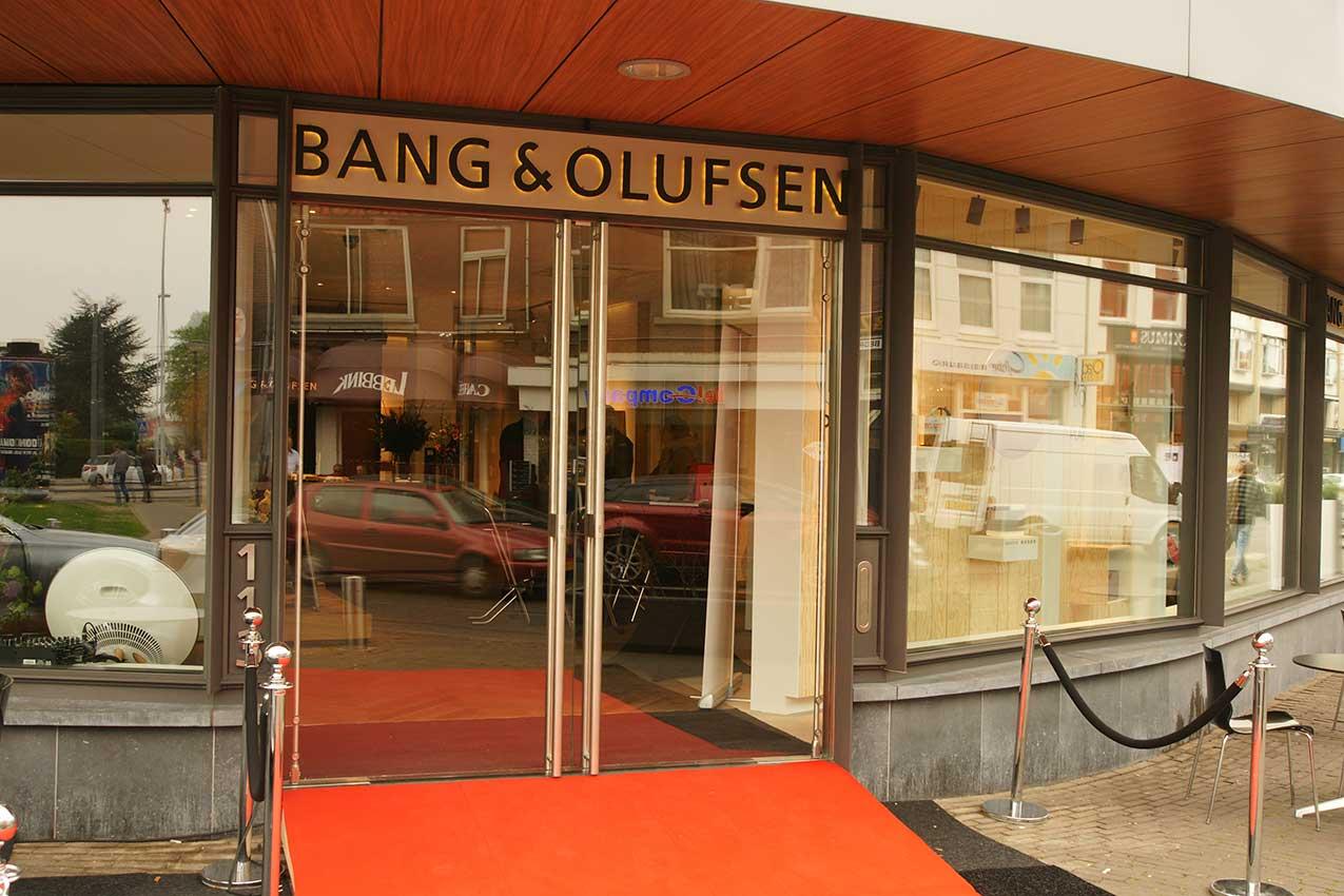 project interieurglas B&O Flagshipstore Hilligersberg